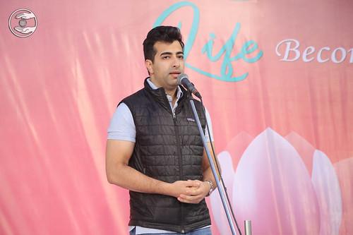 Arun Makhijani from Boston, USA, expresses his views