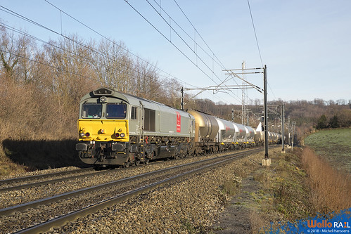 DE 6309 Crossrail .  Z 41585 . Gemmenich . 26.12.18.