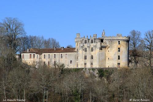 24 La Chapelle-Faucher - Château