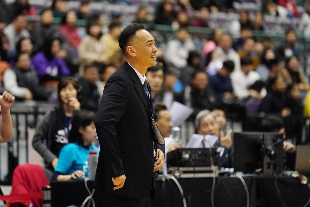 世新大學教練何正峰。(大專體總提供)