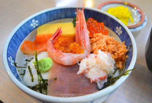 hokkaido itinerary hakodate seafood bowl