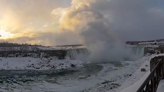 Horseshoe Falls Sunrise Pano
