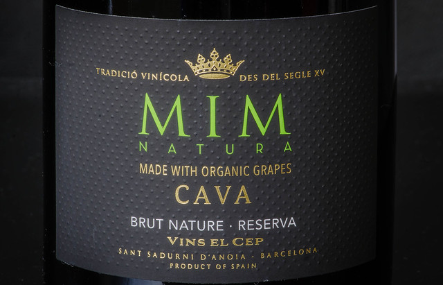 Organic sparkling wine from Spain