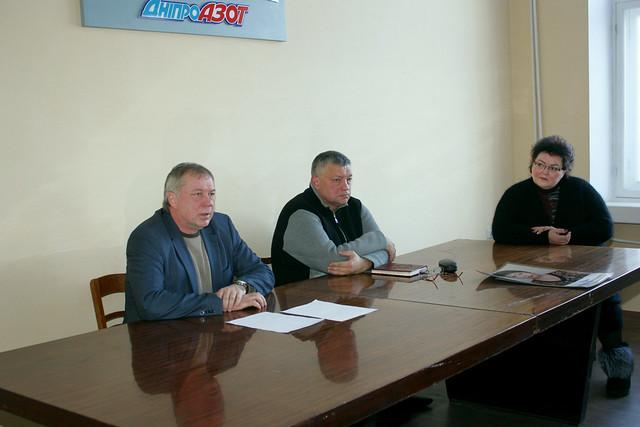 9 января в профкоме предприятия состоялась встреча Председателя Правления АО ДНЕПРАЗОТ С.Л.Сидорова с профактивом, Canon EOS 450D, Canon EF-S 18-55mm f/3.5-5.6 IS