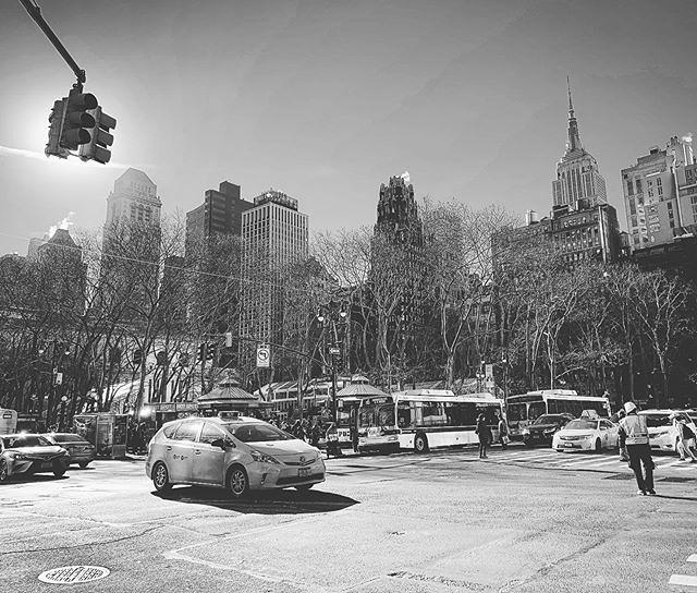 Reflections After Jane #personalsoundtrack #bryantpark #empirestatebuilding #42thstreet #midtown #manhattan #nyc
