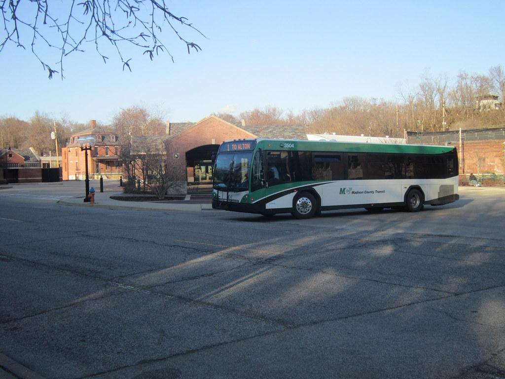 Madison County Transit (Unit#3504)