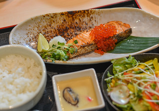 Grilled fish in Japanese meal | by phuong.sg@gmail.com