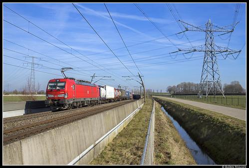 DB Cargo 193 326, Angeren