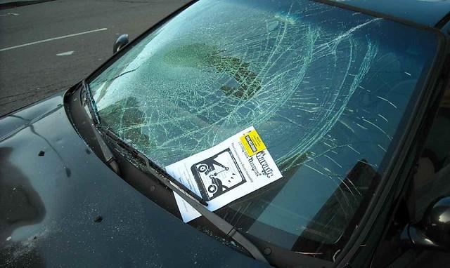 3414 SR 500 fine for Broken Glass of Vehicles in Saudi Arabia