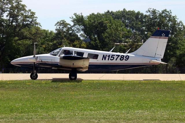Piper PA-34 Seneca 200, Canon EOS REBEL T6S, Canon EF100-400mm f/4.5-5.6L IS II USM