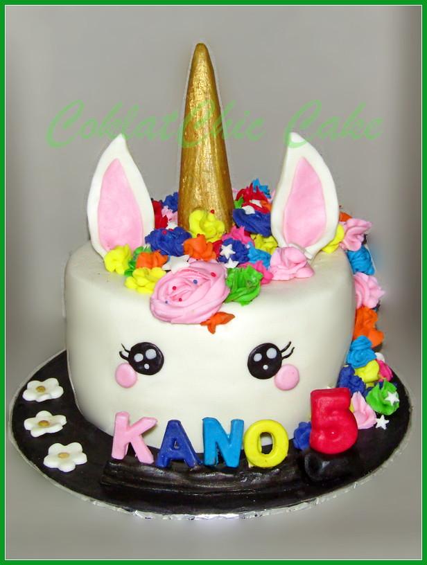 Cake Unicorn KANO 18 cm