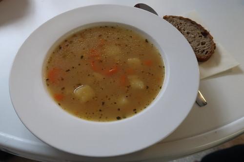 Suppe als Mittagsimbiss (bei einer Tagung in Passau)