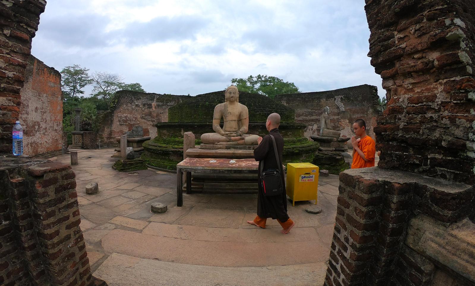 Visitar Polonnaruwa, la antigua capital de Sri Lanka visitar polonnaruwa - 39900921653 4e3e2b52a8 h - Visitar Polonnaruwa, la antigua capital de Sri Lanka