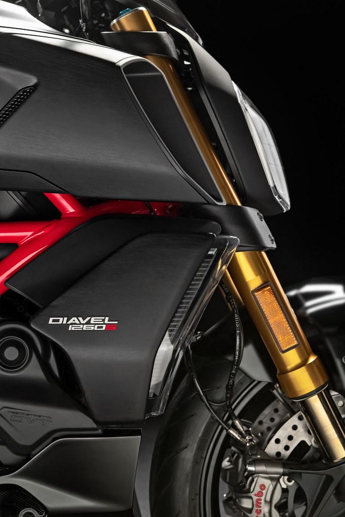 Ducati DIAVEL 1260 S 2019 - 18