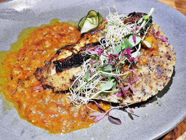 Macanese Chicken With Mango Salsa