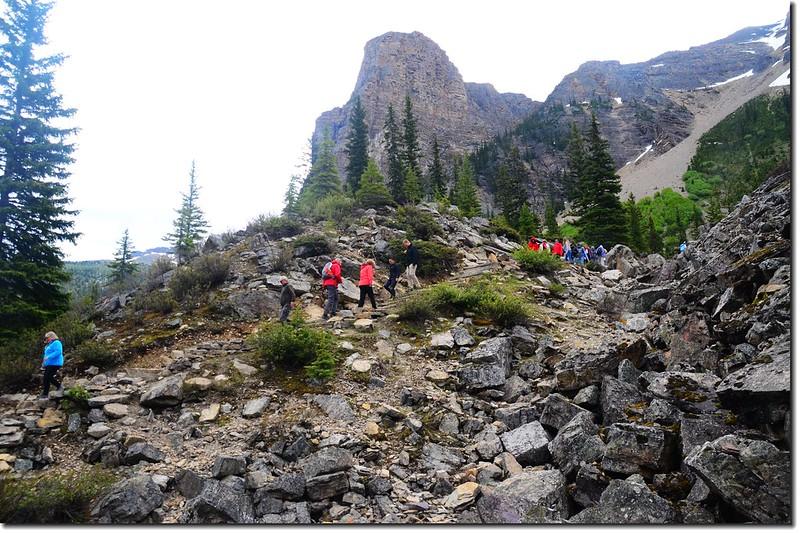 Moraine Lake Rock pile Trail