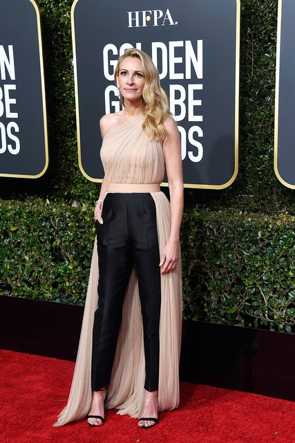 golden-globes-2019-julia-robert-1546822587