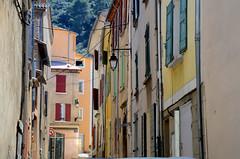 Une rue des Mées