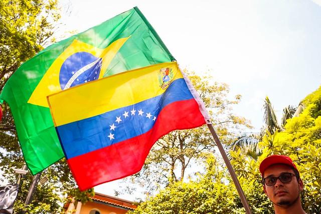 """""""Vamos vencer mais essa tentativa de golpe"""", diz cônsul da Venezuela em São Paulo"""