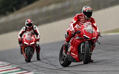 Ducati 1000 Panigale V4 R 2019 - 7