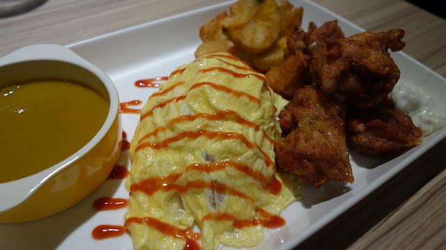 和風炸雞歐姆蛋包飯@台北車站Q丸和洋食堂