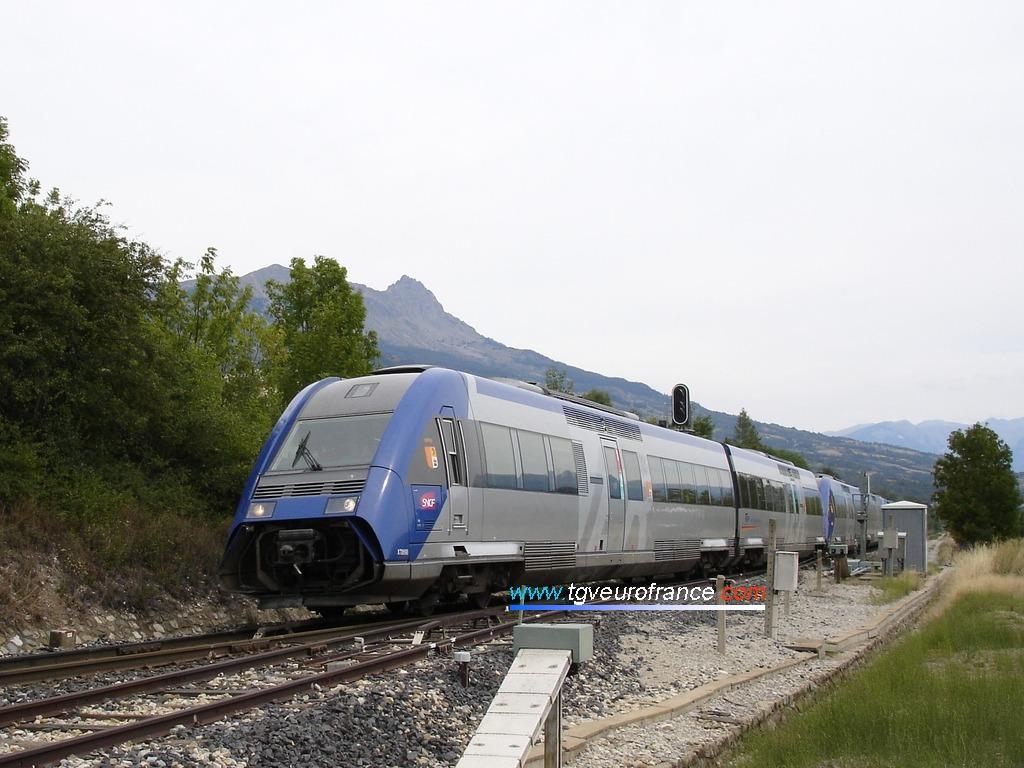 Deux autorails Diesel XTER (X 72500 SNCF)