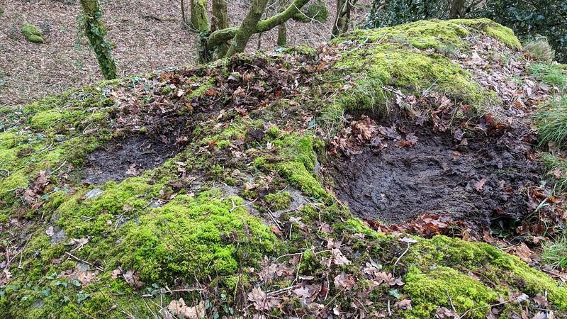 Shaptor West middle pile rock basins