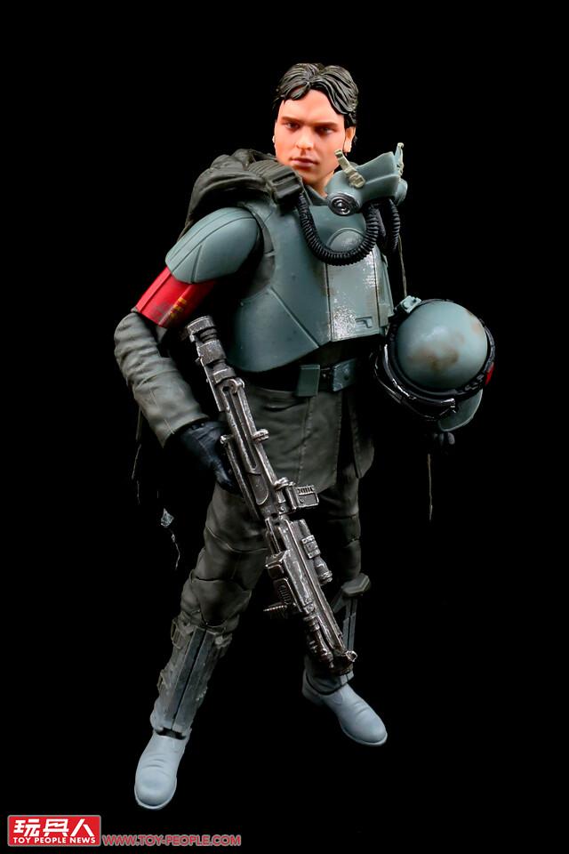 原力滿注的超逼真頭雕、黑標降臨!孩之寶星際大戰黑標6吋人物組&葛里維斯將軍 開箱報告