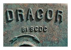 Pompe à eau Dragor - Théméricourt - Photo of Commeny