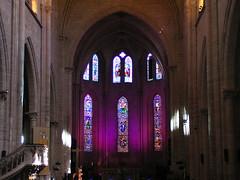 20080830 28593 Jakobus Montbrison Kirche Fenster lila - Photo of Essertines-en-Châtelneuf