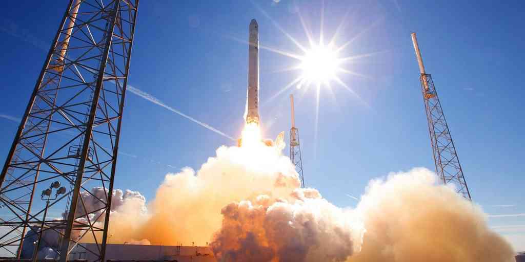 SpaceX va lancer son ambitieuse capsule Crew Dragon