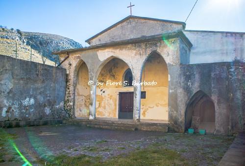 Castiglione del Genovesi (SA), 2019, L'Abbazia di Santa Maria di Tubenna sul monte Tubenna.