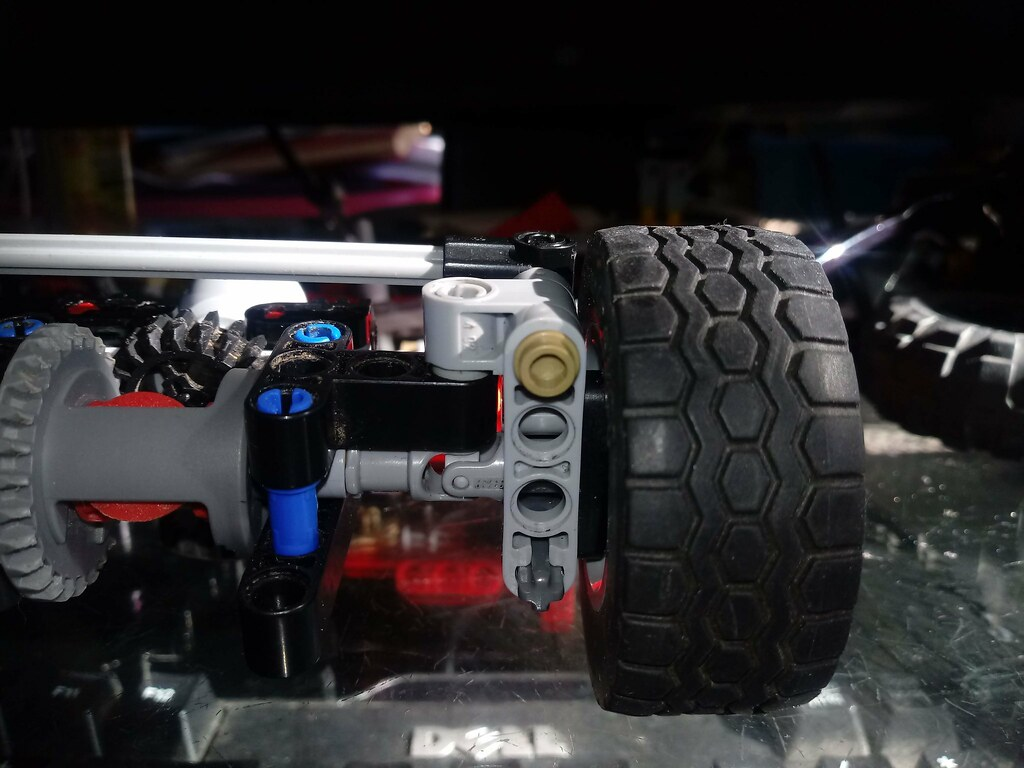 Lego Technic Sirslayer Better then the CV joint!!