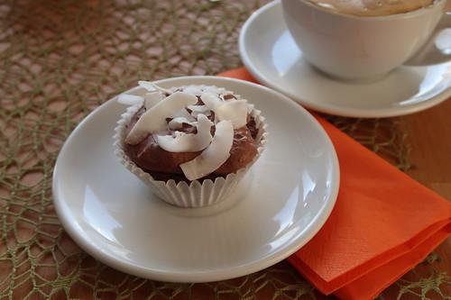 Schoko-Kokos-Cupcake mit Kokos Ganache (meiner)