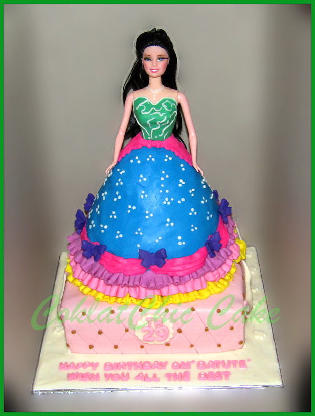 Cake Barbie Om BATUTE princes 16 / 18