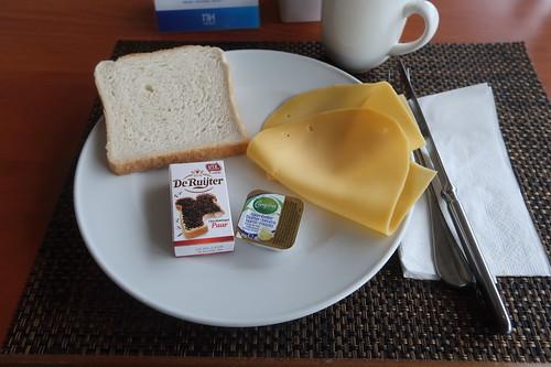 Chocoladehagel und Käse zu Toast