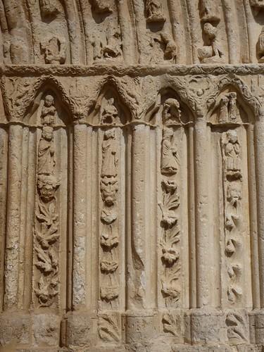 Los Balbases (Burgos-España). Iglesia de San Millán. Portada sur. Detalle