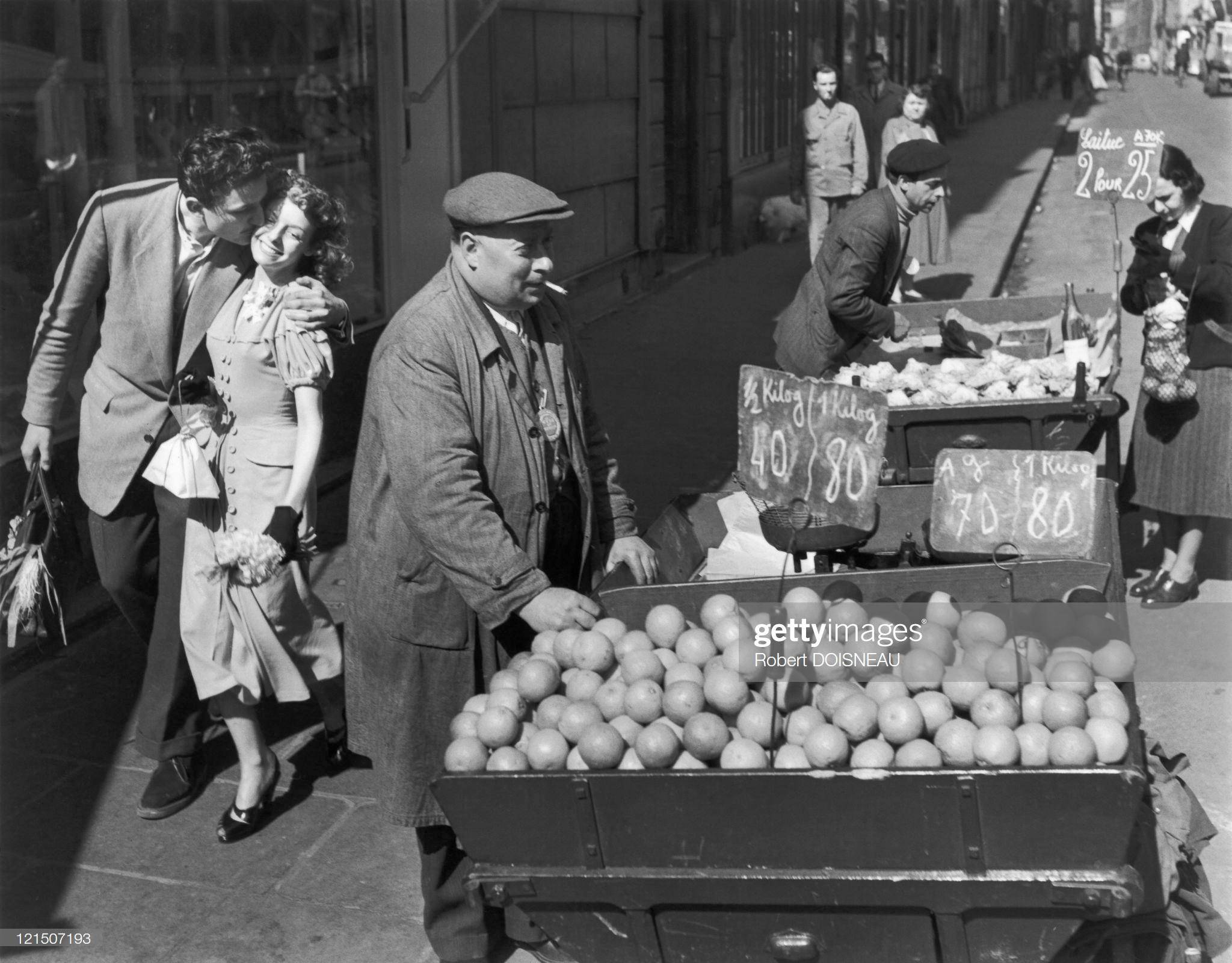 1950. Влюбленные с апельсинами
