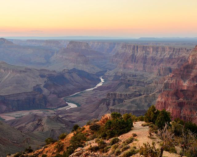 Atardecer desde Desertview en la Watchtower del Gran Cañón