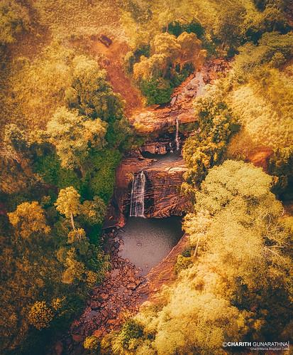 charithmania srilanka charithgunarathna yellowsrilanka yellowmen sonya6000 waterfallsrilanka waterfall waterfallsrilankan srilankanwaterafall srilankanwaterfalls