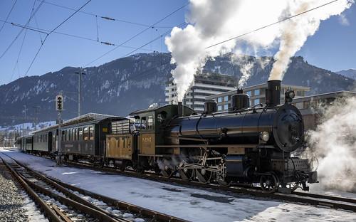 Rhätische Bahn RhB 107 Ilanz 17 februari 2019
