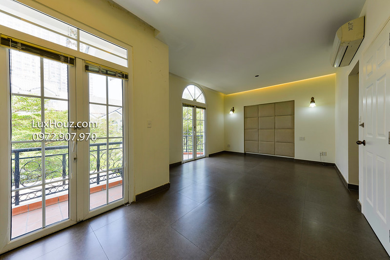 Căn hộ biệt thự Saigon Pearl cho thuê mở văn phòng 3