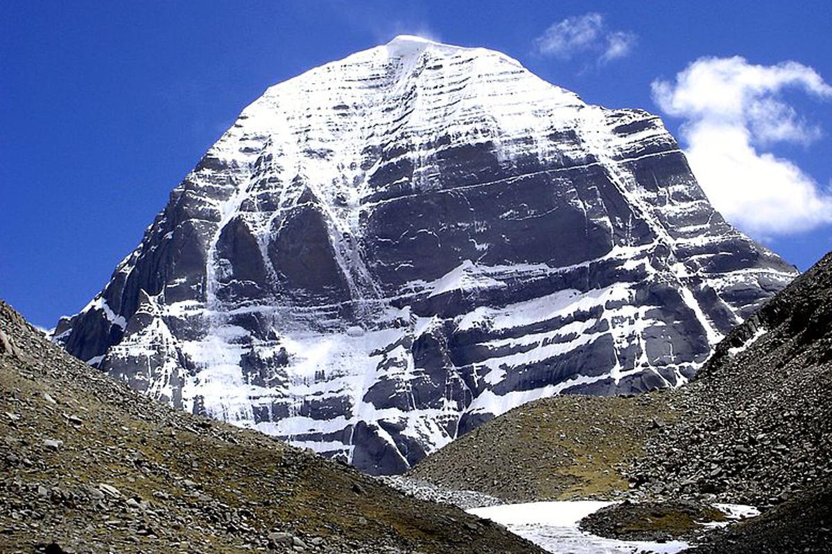 कैलाश पर्वत (फोटो साभार: विकिपीडिया)