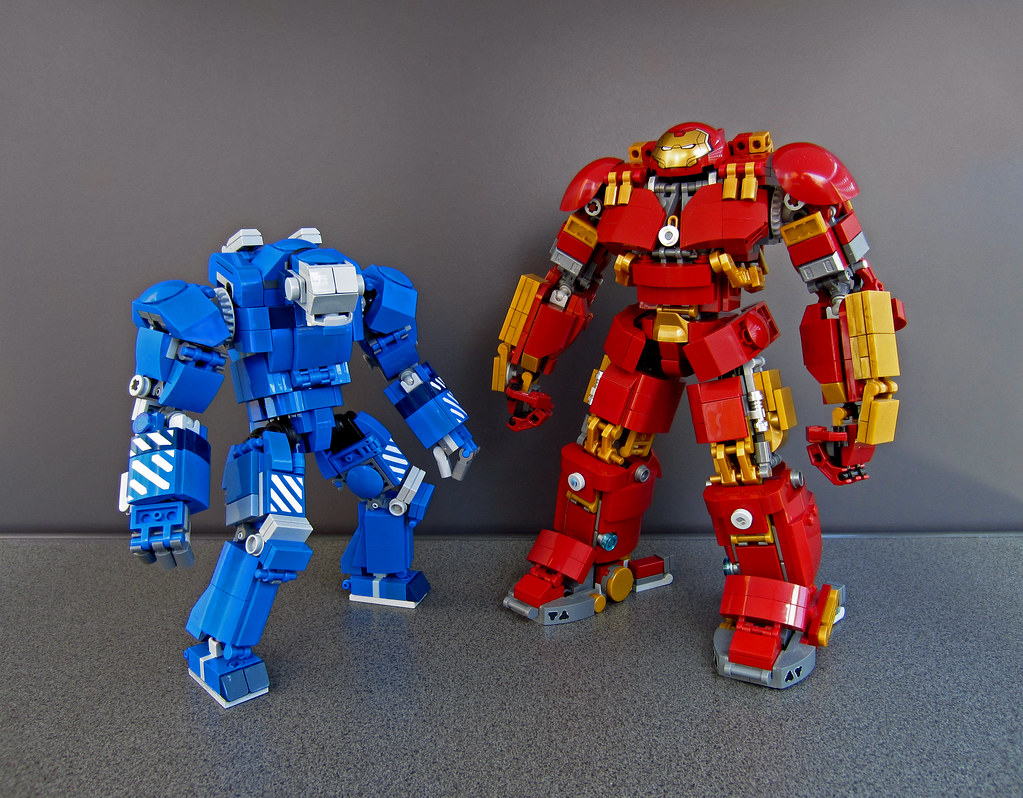 "My new Mark 38 ""Igor"" in comparison with my modified Hulkbuster MOC"