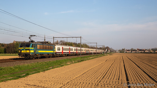 100419 | SNCB 2133 | P 8515 | Froyennes.