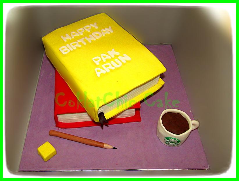 Cake Buku PAK ARUN 15 cm