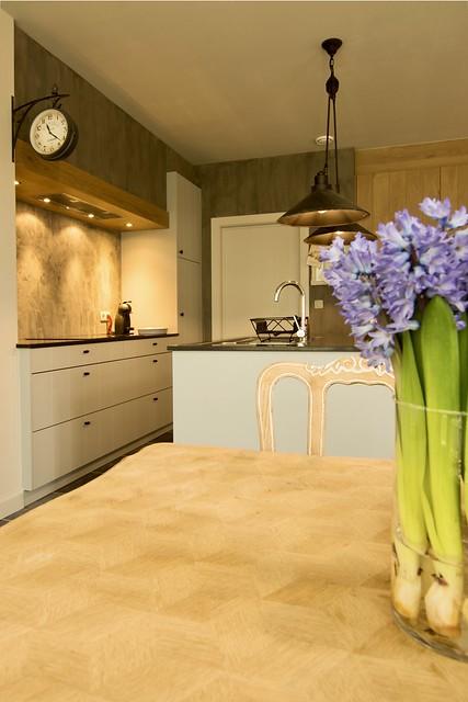 Paarse hyacinten keukentafel