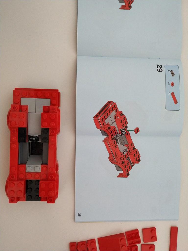 ThebrickReview: 75890 Ferrari F40 Competizione 47306821902_1c3effdee1_b