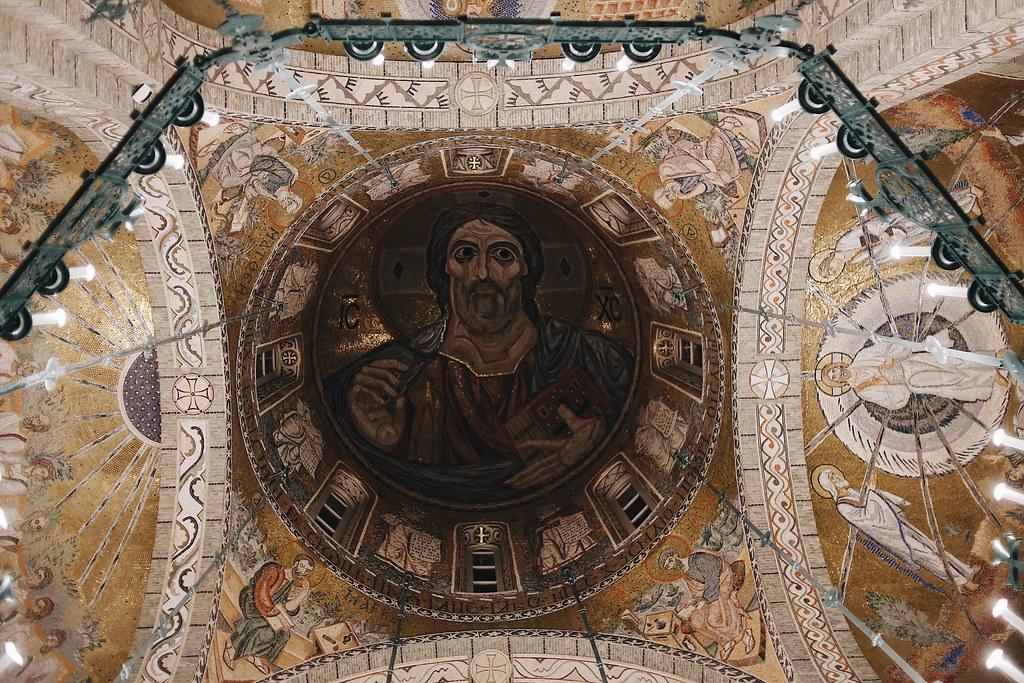 Епископ Домодедовский Иоанн совершил Божественную литургию в храме Трех святителей в поселении Воскресенское г. Москвы