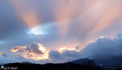 Coucher hivernal sur le Jura